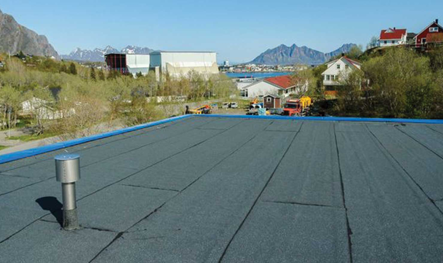 Reroofing Contractor in edmonton by MD Roofing - repaired commercial roofing